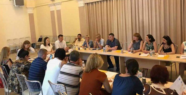 Круглий стіл «Смарт спеціалізація: результат співпраці влади, бізнесу і науки»