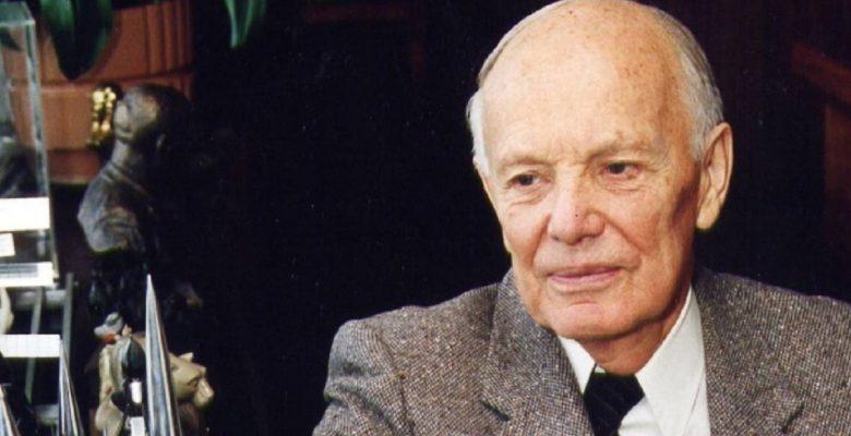 Колектив ІЕП глибоко сумує з приводу смерті багаторічного президента Національної академії наук України Б. Є. Патона