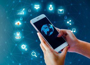 """Цифрові послуги в епоху COVID-19: чи бачать регіони """"державу у смартфоні""""?"""